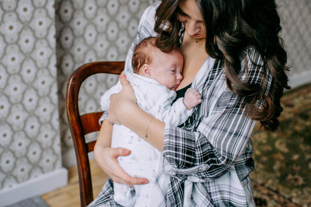 sesja noworodkowa z mamą